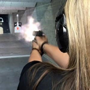 woman-target-range